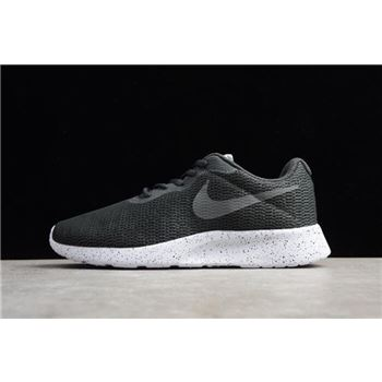 Nike Roshe Run One Black/Dark Grey/Wolves Ash AR1941-005